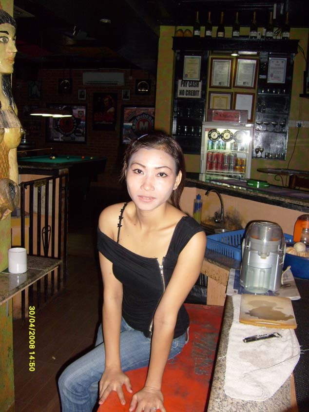 The Last Pub Bar girl Batam